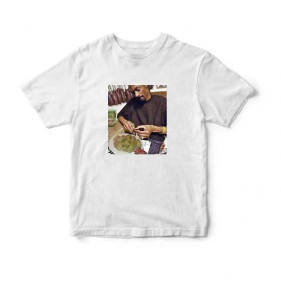 Тениска с меме щампа СНУП ДОГ ЗАВИВА САРМИ